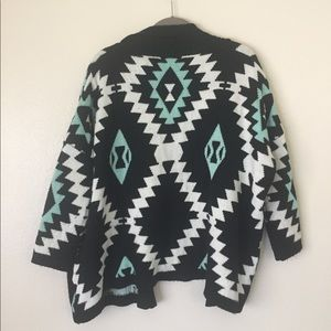 LLove Chunky Sweater with Chevron design